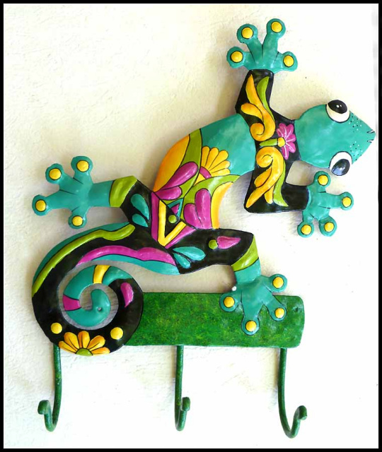 Painted metal gecko wall hook