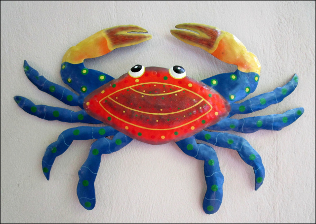 Painted metal crab wall decor, Beach decor.