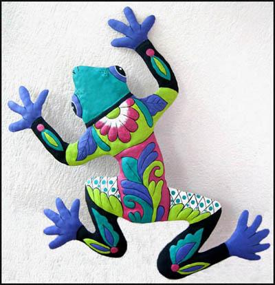 Fabulous Tropical Frog Garden Decor - Hand Painted Metal Wall Hanging - 13  YO26