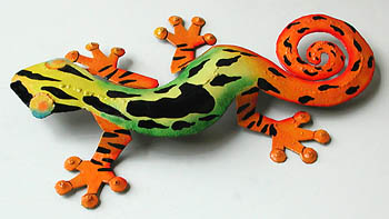 "Painted Metal Gecko Wall Hanging - Tropical Decor - Green & Orange 8""x13"""